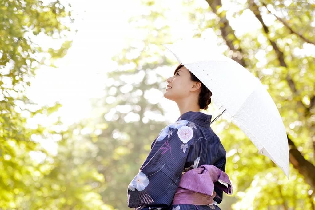 1024x683 - 夏は浴衣でお出かけ!【花火大会】【夏祭り】小粋に着こなす準備と立ち振舞い、着崩れ対策